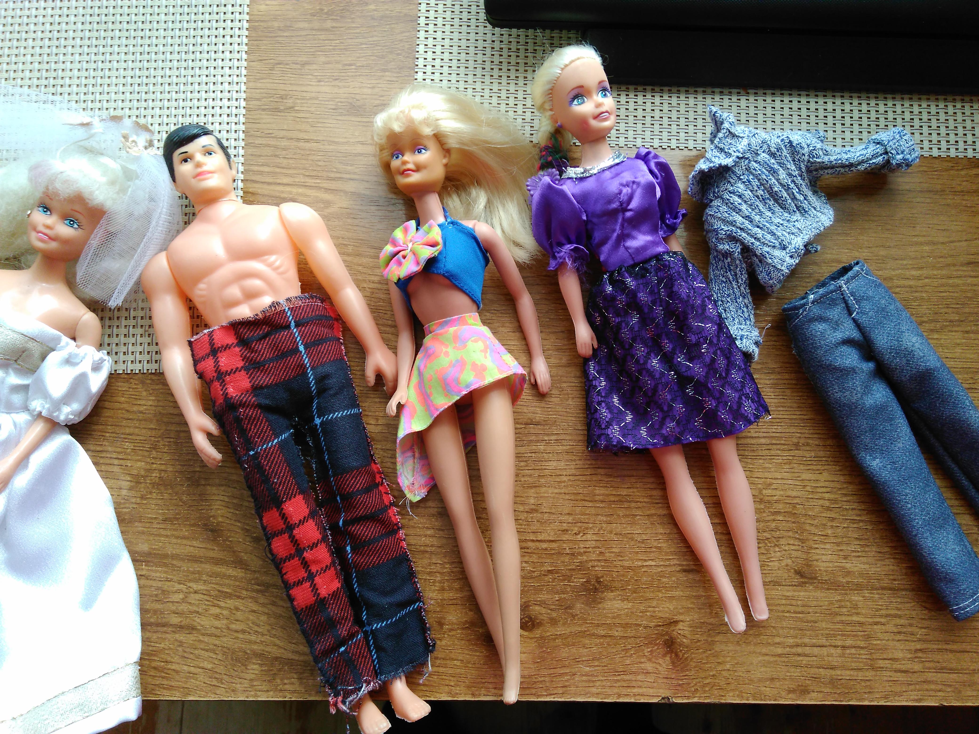6d84bba7d Darujem bábiky Barbie - Venujem